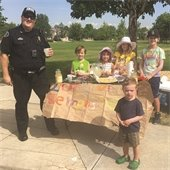 Erie Police at lemonade stand