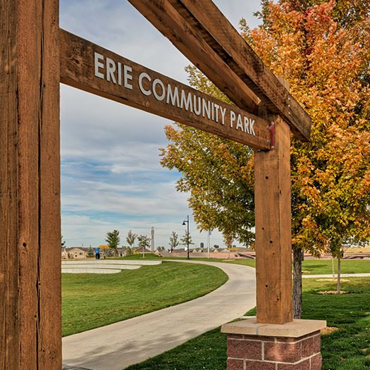 the sign for Erie Community park